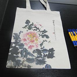 Échantillon d'impression de sac en toile par l'imprimante de t-shirt A2 WER-D4880T