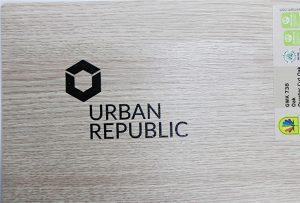 Impression de logo sur les matériaux en bois par WER-D4880UV 2