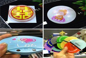 impression d'échantillons de plastique provenant d'une imprimante UV de taille A1 6090UV
